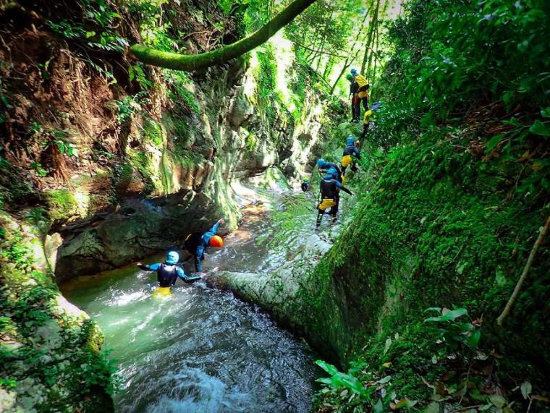Canyoning Rio Buti