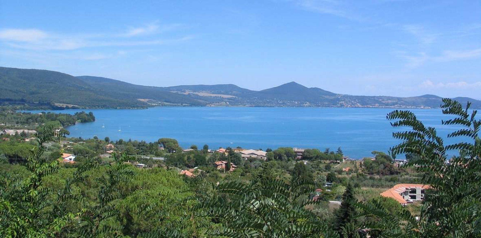 Elicottero Lago di Bracciano