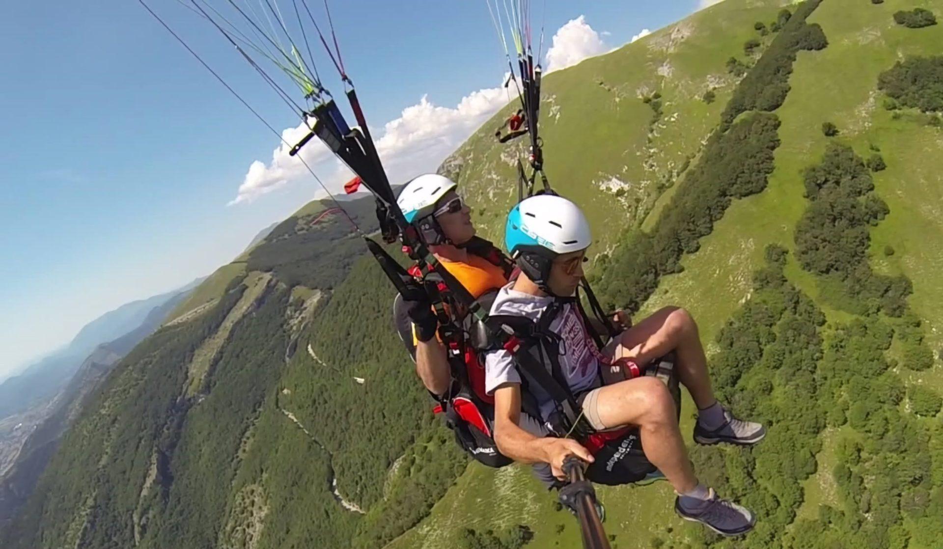 Parapendio Monte Cucco